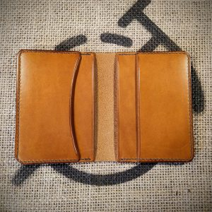 Tailor wallet in tan with mid brown stitching (open)