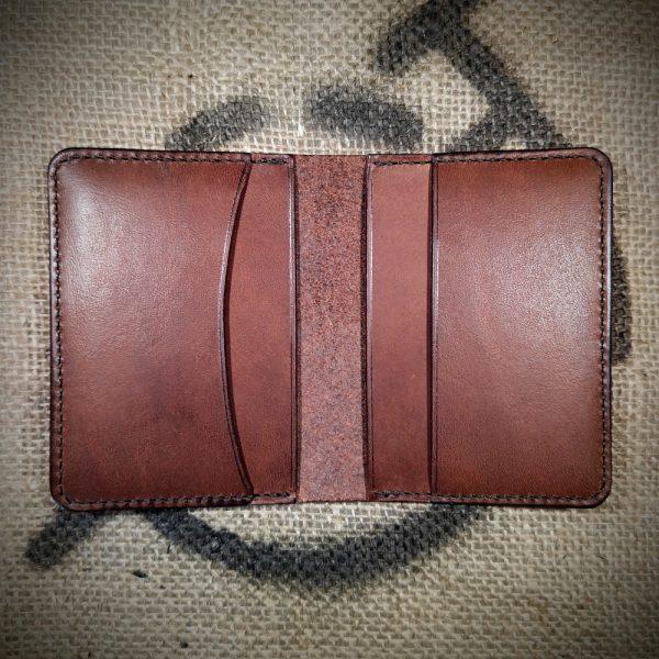 Tailor wallet in dark brown with dark brown stitching (open)