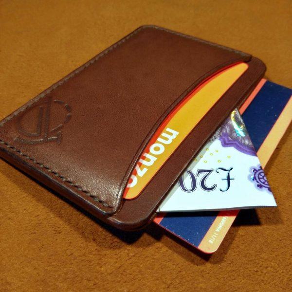 Tinker wallet in dark brown with dark brown stitching (filled)
